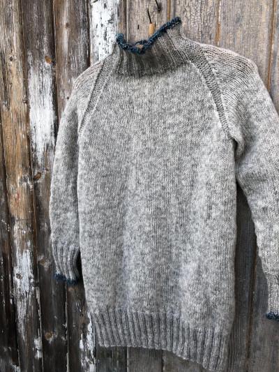 6305293e Jeg er heldig å ha vært i Barcelona noen ganger og en av gangene jeg var  der, begynte jeg å strikke på en genser. Da ble det til at genseren fikk  navnet ...
